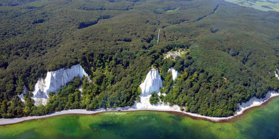 Kreidefelsen vom UNESCO-Weltkulturerbe im Nationalpark Jasmund auf Rügen