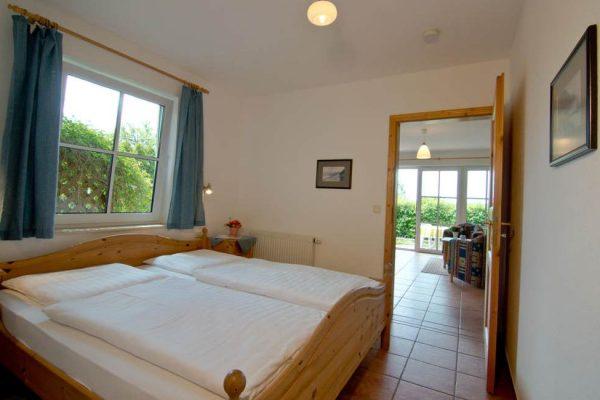 Schlafzimmer der Ferienwohnung vom Haus Seeblick im Ostseebad Binz auf Rügen
