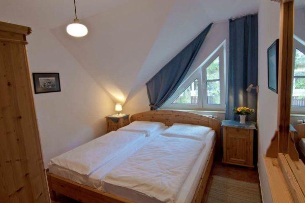 Schlafzimmer der Wohnung vom Haus Seeblick im Ostseebad Binz auf Rügen